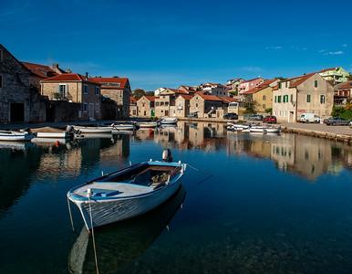 Stari Grad harbor.