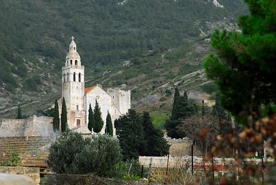 Komiza Abbey