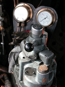 Inside the locomotive there is a mass of pipes, gauges, controls that I found interesting in their detail.