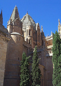 Old Cathedral.  There are three primary churches in Salamanca. Historically, when a city builds a new church, it has been built on the foundation of the old. Salamanca is different. The old cathedral still stands, the new church was built next door, and the newest church built down the block. This gives an interesting sense of history and showcases Renaissance and Plateresque architectures.