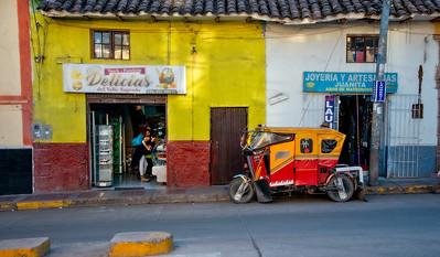 Peru  - Urubamba & Sacred Valley (Near Cusco)