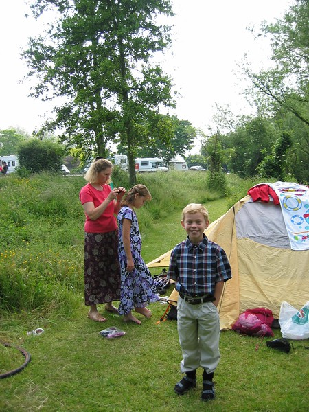 Getting ready to go to church in Oxford, England.  This is our campsite.