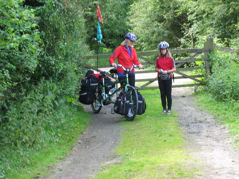 The so called shortest way around was via a bonafide a footpath.  It was difficult to navigate with loaded tandems.