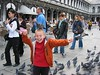 Dispite a gazillion pigeons flapping about and landing on the kids' heads, we did not sustain a single casualty.