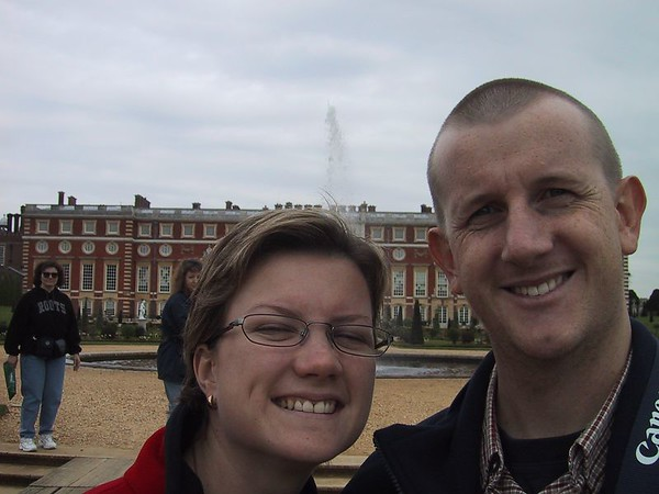 D0027.JPG - 03/05/01 1:39pm   Self-portrait at the back of Hampton Court Palace.