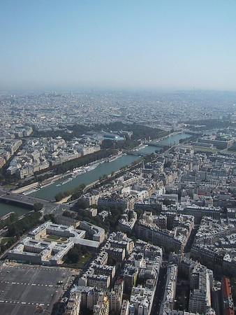D0250.JPG - 25/08/01 10:37am   Paris from the Eiffel.