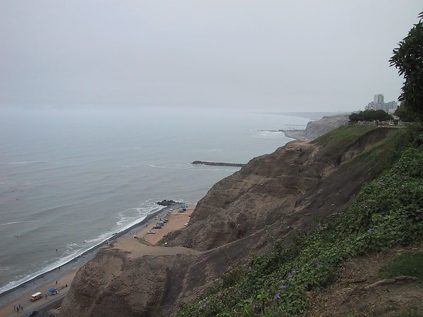 D0478   'Nice' beaches at Miraflores.