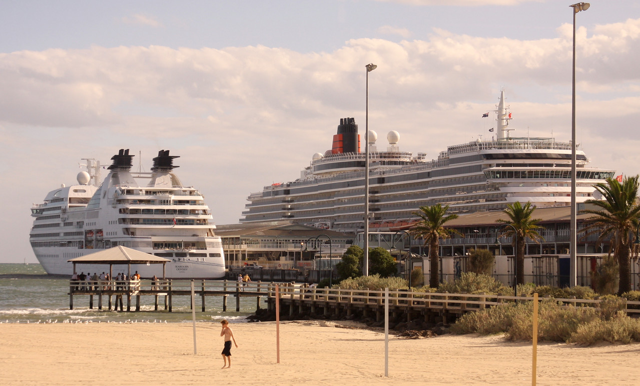 queen victoria in next dock
