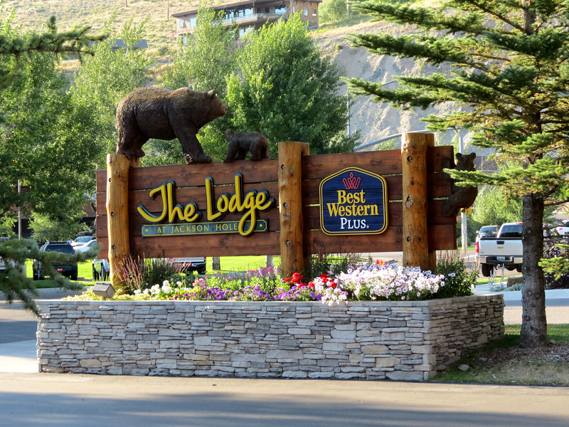"<a href=""http://lodgeatjh.com/photo-gallery/"" target=""_blank""> The Lodge at Jackson Hole</a> - This is where we stayed.<br><br> All the wood carving sculptures were created by <a href=""http://www.jonathanbearman.com/"" target=""_blank""> Jonathan Andrew LaBenne</a>, also known as Jonathan the Bear Man."
