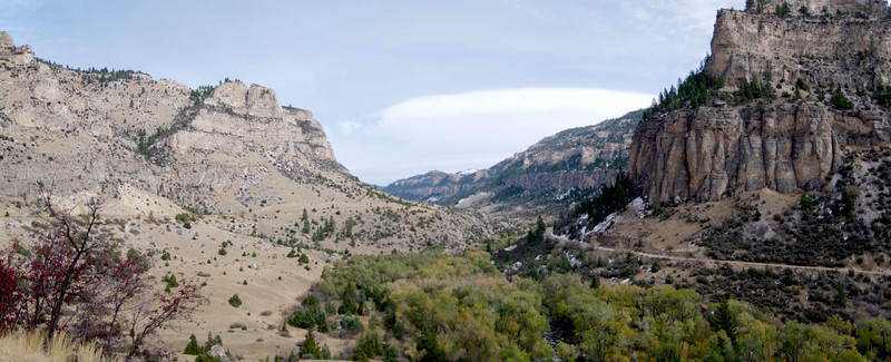 Wind River Canyon Scenic Byway Without stopping, the total drive time is about 40 minutes.