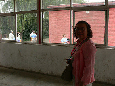Beijing Cloissone Factory - Pictures with People