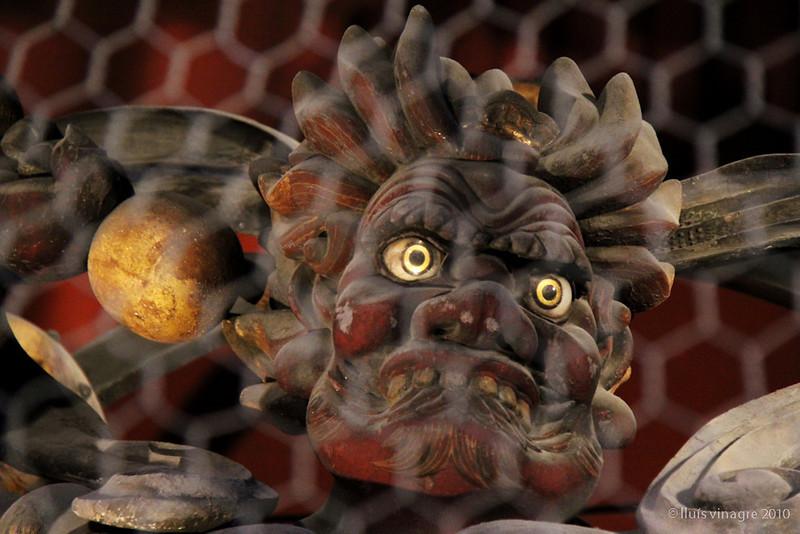 raijin (dios del trueno), kaminarimon (puerta del trueno), asakusa, tokyo / 雷神, 雷門, 浅草、東京