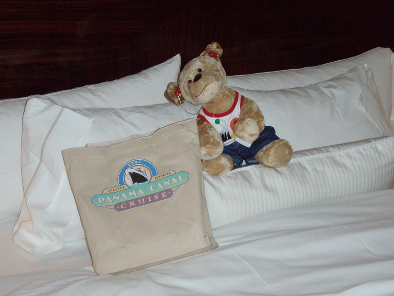 Day 0 - Yelir arrives with Susan and Erik to the Westin in Ft. Lauderdale, ready for his big adventure