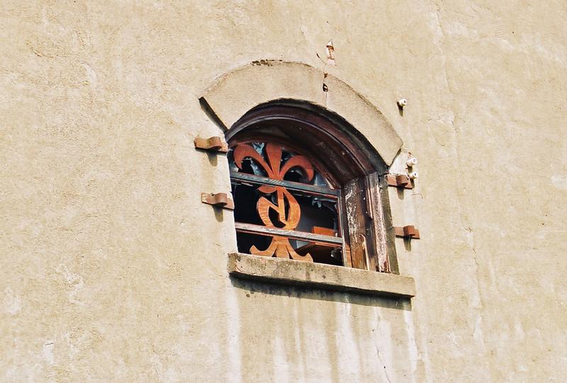 architectural detail, Oakland, Oregon