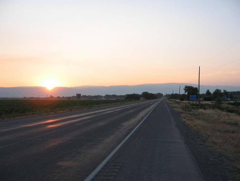 I got up early the next morning to head over the Big Horn Mountains on the Medicine Wheel Highway (US Route 14A).