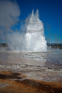 10:18am, Great Fountain Geyser erupts. Fire Hole Lake Drive, Yellowstone Natl. Park, 30Jul10