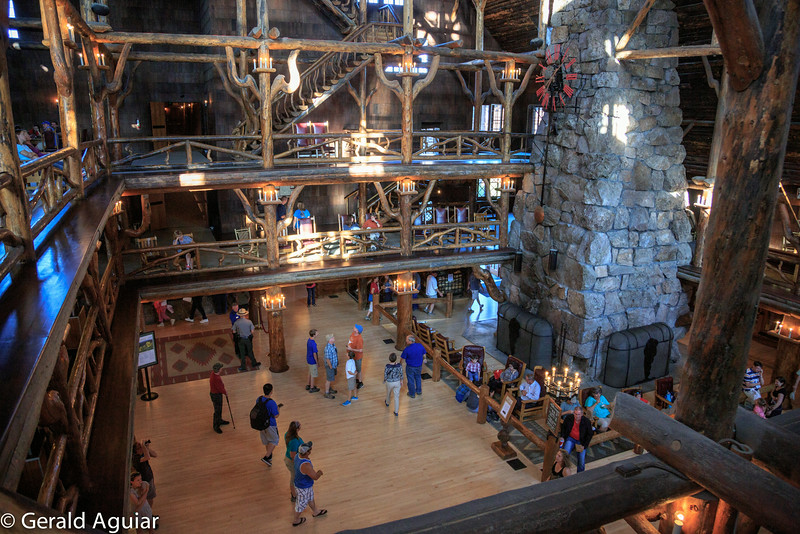 Lobby - Old Faithful Inn