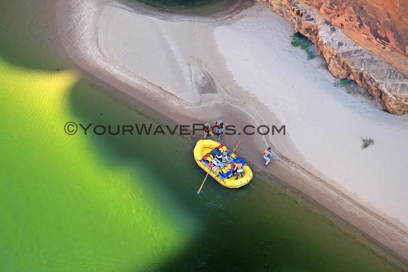2019-09-24_1473_Arizona_Navajo Bridge_Raft.JPG