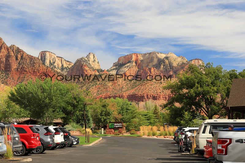 2019-09-26_1593_Utah_Springdale_Holiday Inn Express View.JPG