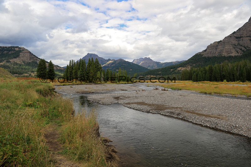 2019-09-07_242_Yellowstone_Lamar River.JPG