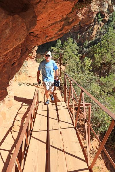 2019-09-25_1570_Utah_Zion_Canyon Overlook Trail_Tony.JPG