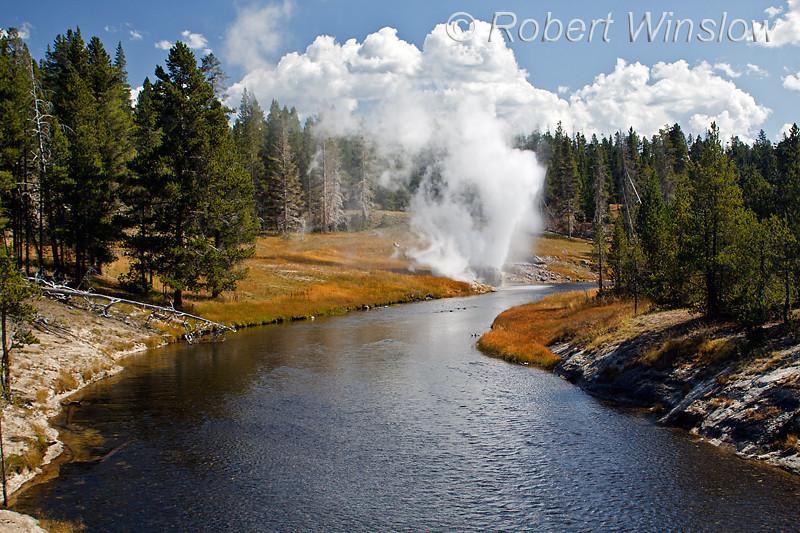 Riverside Geyser, Upper Geyser Basin, Yellowstone National Park, Wyoming, USA, North America