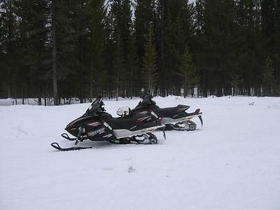 Yellowstone SnowMobile Trip 05'