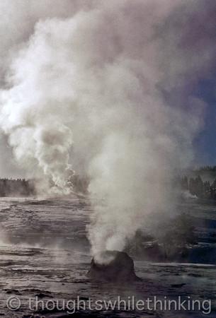 053 Yellowstone2006 Day4 Jan24 geyser hike Old Faithful