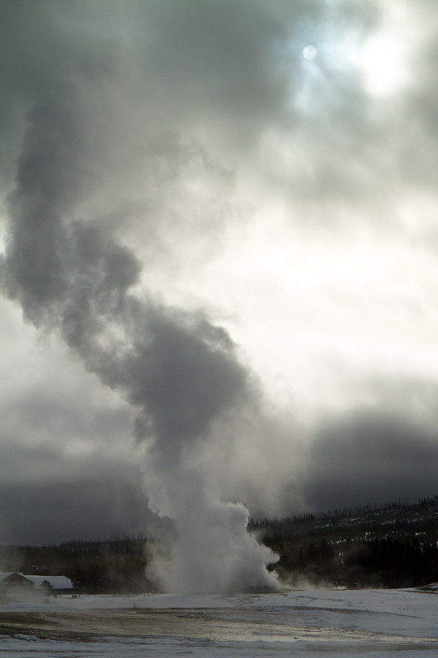 Old Faithful just before an eruption