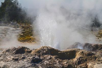 Water boiling geyser 3