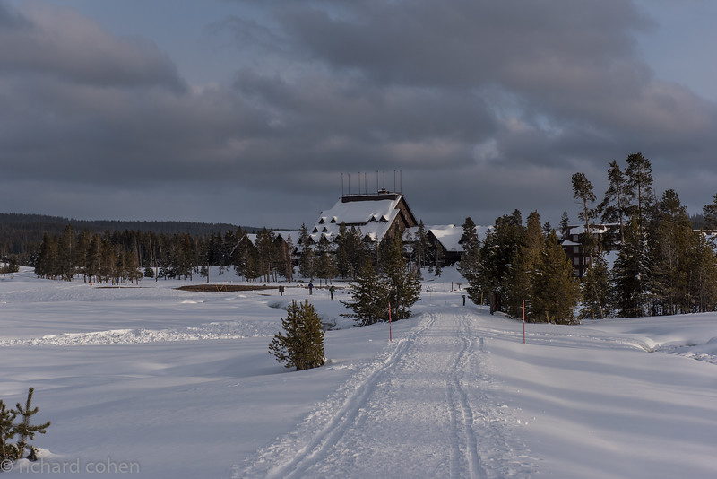 Old Faithful lodge, closed up for the winter. Only a couple of skiers out and about....pretty different than in the summer!