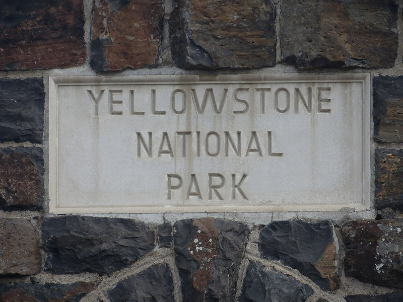 Yellowstone National Park - Roosevelt Arch