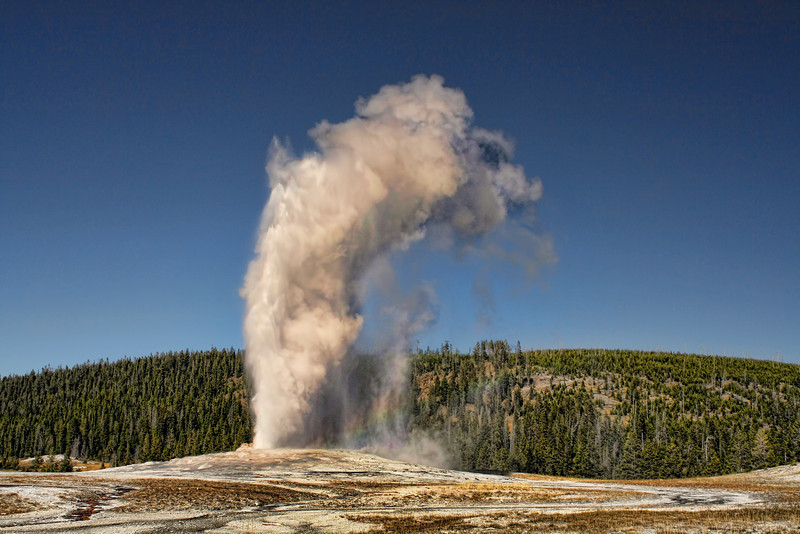 Another Old faithful shot.