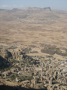 Looking down at Shibam with Thulla in the distance.