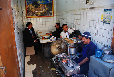 A typical Sana'a 'hole in the wall' eatery.