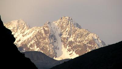 18,000 foot unnamed peak ?