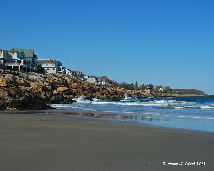 The shoreline next to Short Sands Beach