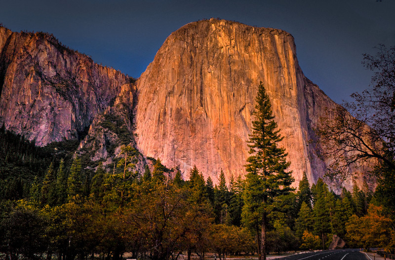 Upon first entering the valley, your first views of El Capitan are a always stupendous. A 3,000 foot vertical cliff makes it one of the largest exposed monoliths in the world. The summit is 3,245 feet above its base.