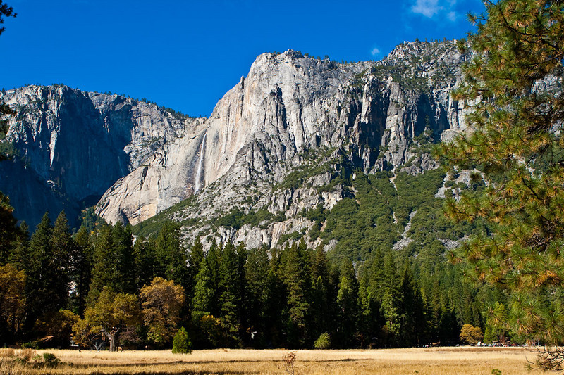 Yosemite Falls & Lost Arrow, from the meadow between Yosemite Village & the Ahwahnee Hotel. Usually the falls are dry this time of year.