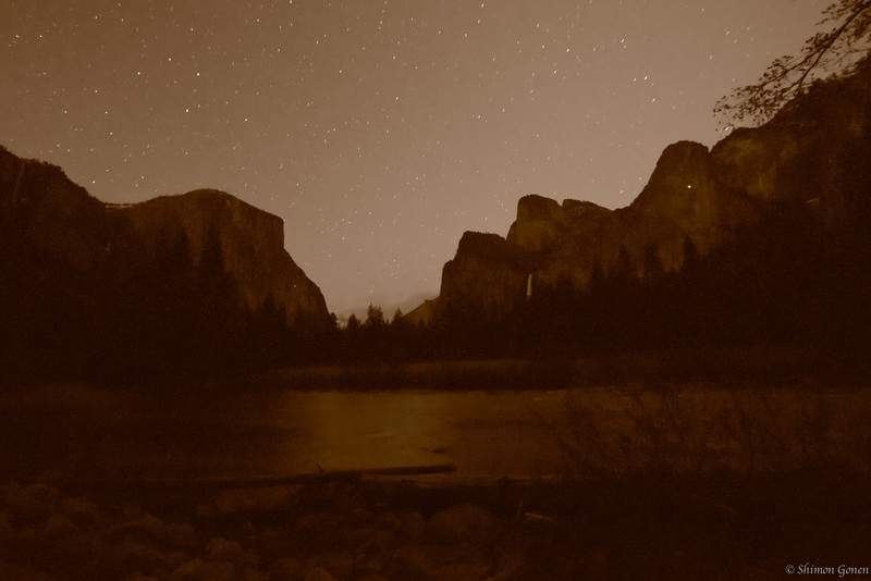 Valley View at night - Yosemite