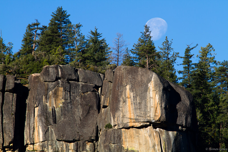 Moonset - Yosemite