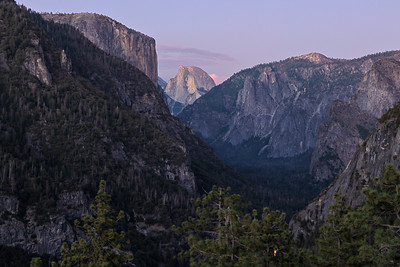 Yosemite Valley View above Tunnel View