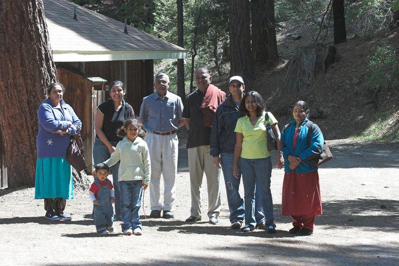 """Yosemite Gatehouse Lodge <br /> <br /> <a href=""""http://www.yosemitecabins.com/gatehouse/"""">http://www.yosemitecabins.com/gatehouse/</a>"""
