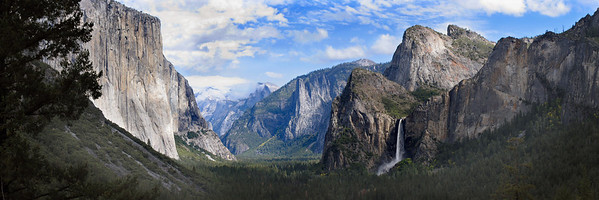 Yosemite Valley from tunnel overlook