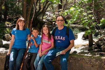 Yosemite 2010 - Bridalveil Falls - Sandy, Kevin, Katie and Jay