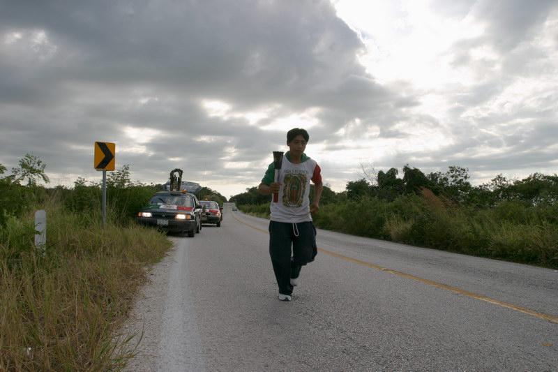 Guadalupe runner, road from Campeche to Escarcega