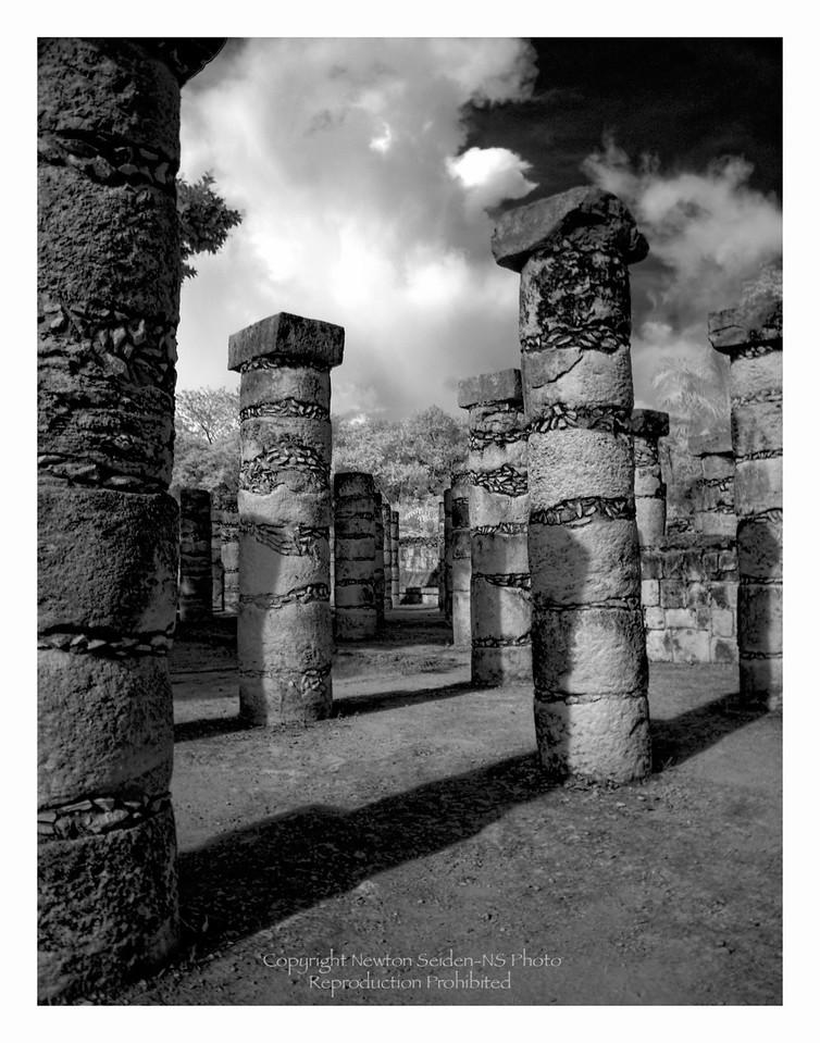 Thousand Columns<br /> Chichen Itza, Mexico