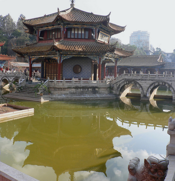 Buddhist temple in Kunming