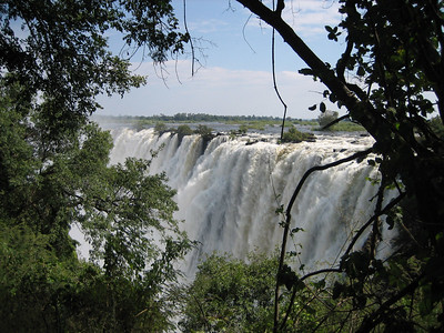 Victoria Falls by Foot