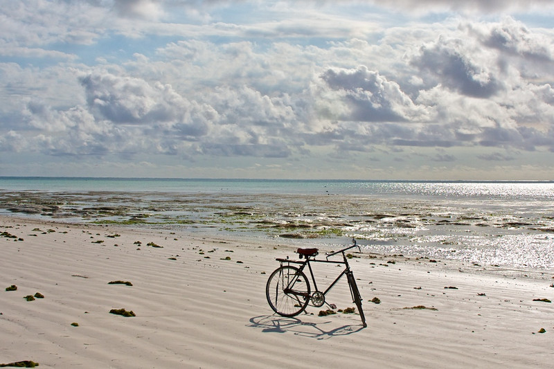 Bike on beach near Paje - Zanzibar